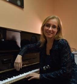 EKATERINA KALININA – Piano